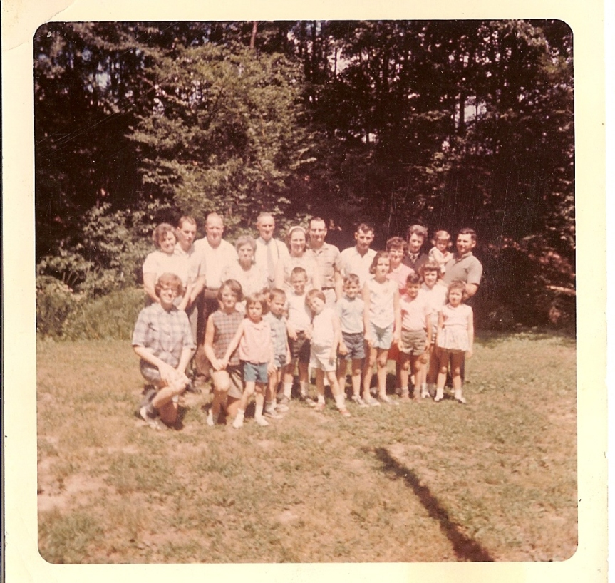 Helen(a) and Raymond Swartz and their descedants at the Swartz Reunion, White Deer Park, circa 1964
