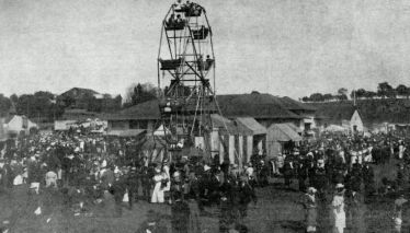 Milton.Fairground_ferris_wheel_