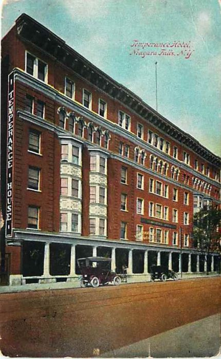 Old postcard showing  Temperance House Hotel, Niagara Falls, New York