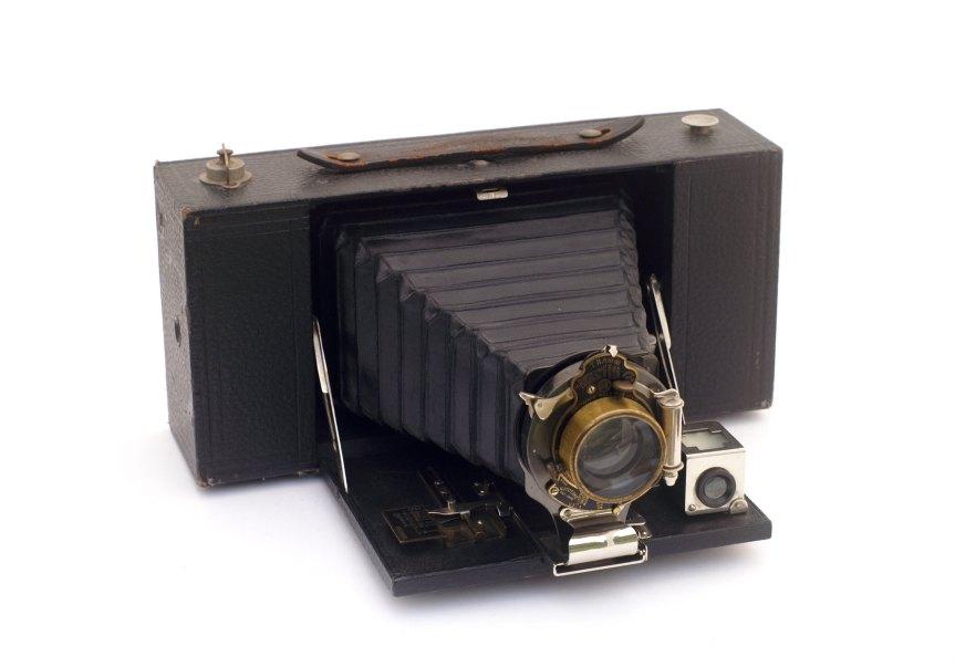 old folding  Brownie camera