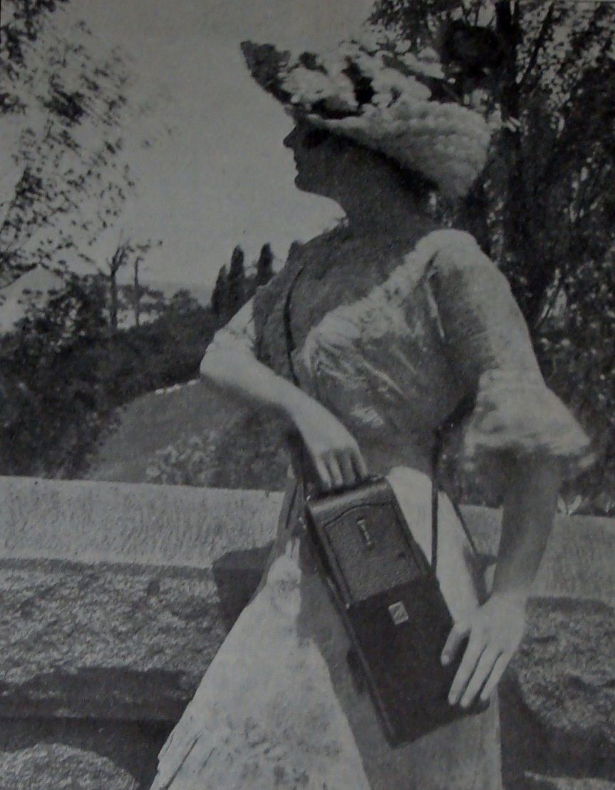 Picture in a 1913 Kodak Camera advertisement
