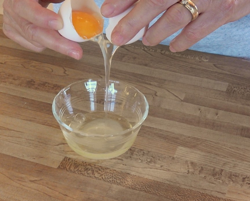 Separating egg 2