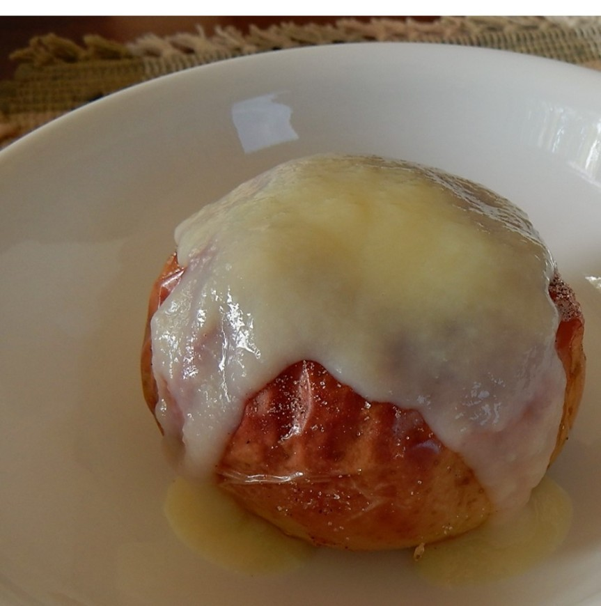 Old-Time Baked Apples with Sauce – A Hundred Years Ago