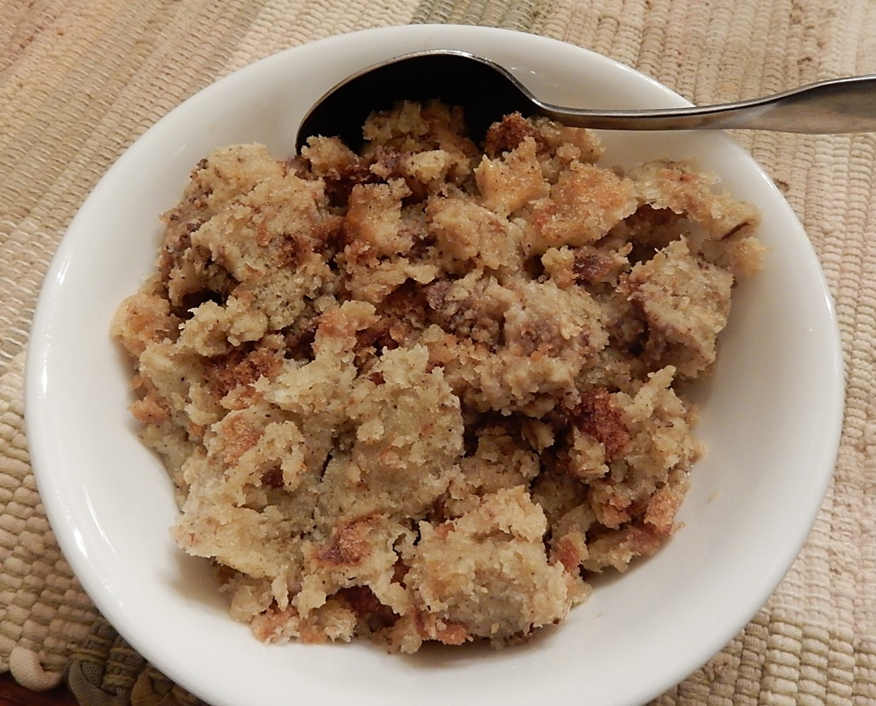 bread stuffing in bowl